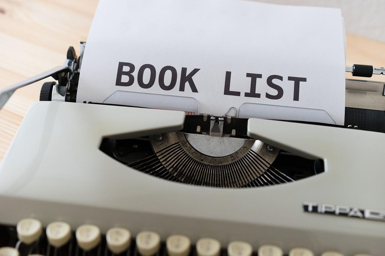 Books List Ideas Books Read  - viarami / Pixabay