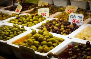 Olives Oil Market Flavors Spain - Gaille2000 / Pixabay