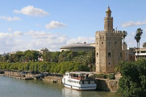 Gold Tower Seville River Andalusia - campunet / Pixabay
